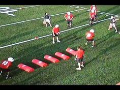 Youth Football Drills, Football Defense, Football Training Drills, Tackle Football, Football Workouts, Football Gif, Flag Football, Football Season, Football Videos