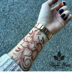 Latest Amazing Mehndi Designs For Parties Hello Guys! here you will see Latest Mehndi Designs with Amazing Patterns for your Hands and. Mehndi Tattoo, Henna Mehndi, S Tattoo, Body Art Tattoos, Tattoo Bird, Mehendi, Tatoos, Henna Ink, Butterfly Tattoos