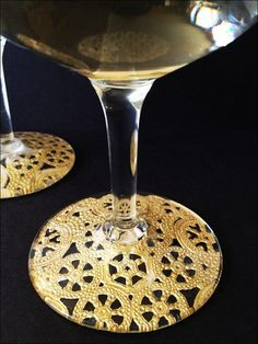 Beautiful wine glasses using doilies and Modge Podge