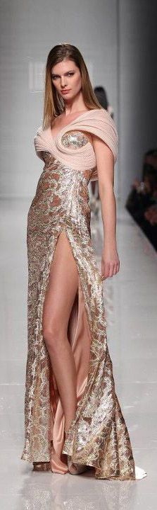 Tony Ward – 39 photos - the complete collection Love Fashion, High Fashion, Fashion Show, Fashion Design, Net Fashion, Tony Ward, Couture Fashion, Runway Fashion, New Years Dress