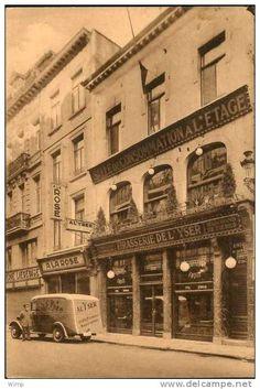 Bruxelles - Rue Neuve : Carte Privée : Brasserie de l'Yser / Ancètre de l'Etablissement devant la porte !