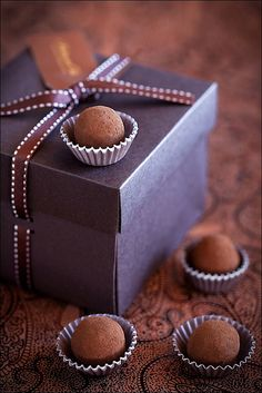 Rum Truffles by laperla2009 on Flickr.