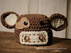 Ravelry: Cow hat and Diaper Cover pattern by Made by Miki Link correct and pattern is FREE when I checked on March 2015 Crochet Animal Hats, Crochet Cow, Crochet Kids Hats, Crochet Amigurumi, Crochet Beanie, Irish Crochet, Free Crochet, Crochet Children, Crochet Scarves