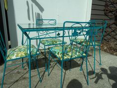 RETRO Wrought Iron TABLE AND CHAIRS - VarageSale Sarnia