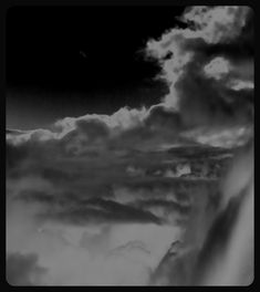 #clouds #black and white #mustavalkoinen #maalaus #painting #sky #pilviä #photography #valokuvaus #up in the air #ilma #from airplane #storm #myrskyä