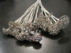 how to make brooch bouquets