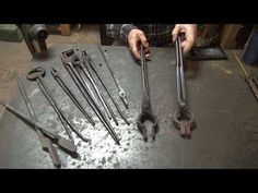 Introduction to tong making part flat stock tongs without tongs - drawing out by hand. Blacksmith Tongs, Blacksmith Shop, Blacksmith Projects, Forging Tools, Power Hammer, Woodworking Hand Tools, Vintage Tools, Metal Fabrication, Metal Furniture