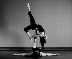 Acro yoga!!