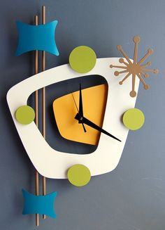 Atomic Age Style Wall Clock by Steve Cambronne Clock Art, Diy Clock, Wood Crafts, Diy And Crafts, Retro Clock, Cool Clocks, Modern Clock, Wall Clock Design, Atomic Age