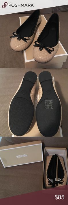 Brand new Michael Kors Melody Quilted Ballet The Michael Kors Melody Quilted Ballet Casual shoes feature a Leather upper with a Round Toe . The Man-Made outsole lends lasting traction and wear Michael Kors Shoes Flats & Loafers