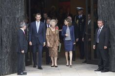 "King Felipe VI of Spain (L), Queen Letizia of Spain (R) and Princess Beatrice of Holland (C) attend the ""El Bosco"" 5th Centenary Anniversary Exhibition at the El Prado Museum on May 27, 2016 in Madrid, Spain."