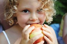 Have the #eye of the #apple! Get #tips on how to choose the right one on our #blog