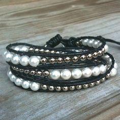 Jackie - black leather 3-wrap bracelet white glass pearls silver beads