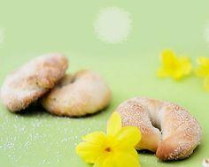Biscotti all'anice, buoni e veloci da preparare Easter Recipes, Bagel, Doughnut, Bread, Desserts, Food, Tailgate Desserts, Deserts, Eten