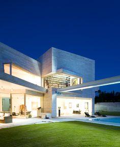 1545 best ultra modern homes images modern townhouse, residentiala cero projects debbie chaplin · ultra modern homes