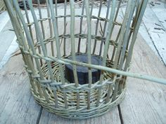 Fitching involves weaving narrow bands of weave along the length of the basket to leave large gaps. Waste Paper, Paper Basket, Basket Weaving, Wicker Baskets, Weave, Bands, Handmade, Hand Made, Hair Lengthening
