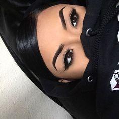 makeup under glasses makeup zodiac chart makeup in hindi makeup 2018 in pakistan eye makeup cause glaucoma makeup looks makeup inspo eye makeup goes with hazel eyes Eyebrows On Fleek, Makeup On Fleek, Flawless Makeup, Skin Makeup, Makeup Goals, Makeup Tips, Beauty Makeup, Pretty Makeup, Love Makeup