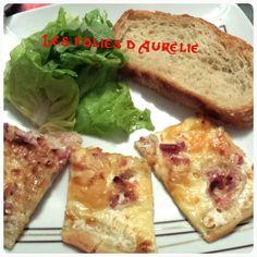 Une bonne salade, des parts de flammekueche et une belle tranche de pain cocotte maison ^^ Spécialité alsacienne et donc incontournable chez moi, cette cousine de la pizza est juste délicieuse... Encore plus simple que la pizza et surtout plus rapide,...
