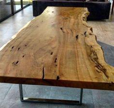 Mesa de jantar de madeira maciça Pequia com bordas bem orgânicas e pés em aço inox! #madeirado Garage Tools, Dinning Table, Wood Art, Happy Shopping, Architecture, Furniture, Design, Home Decor, Cuba