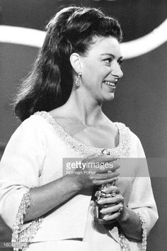 Princess Margaret (1930 - 2002) presenting a Tony Award at the Mark Hellinger Theatre, New York, 20th April 1969.