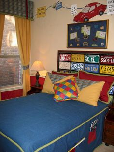 Boys Bedroom Ideas Cars for a young man's room: a pallet headboard with old car licenses