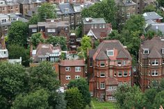 View from Hampstead Heath looking down into residential #London. http://www.nyhabitat.com/blog/2015/04/13/top-10-parks-london/