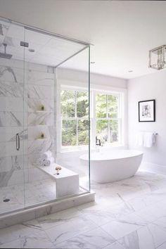 91 small master bathroom remodel ideas #bathroombathtubwhite #Bathroomdesignideas