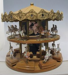 Ending 05-26-2014 9:10 EST RARE Tobin Fraley American Carousel Double Decker Store Display w/Figurines yqz w/9 Music Box Figurines & 8 Horse Figures Shabby Chic
