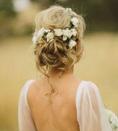 Acconciature per le spose che hanno i capelli lunghi