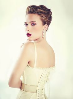 Scarlett Johansson for VOGUE Mexico (Dec 2013)