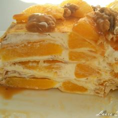 Revani, prajitura cu gris insiropata | Retete culinare cu Laura Sava - Cele mai bune retete pentru intreaga familie New Recipes, Cake Recipes, Romanian Food, Romanian Recipes, Crepe Cake, Banana Split, Just Desserts, Sweet Tooth, Sweet Treats