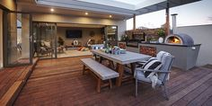 Building a deck is a great way to add extra living space and value to your home. Find out what timber to use for your decking with this guide from Bunnings. Outdoor Kitchen Bars, Outdoor Kitchen Design, Outdoor Living Rooms, Outdoor Spaces, Rooftop Terrace Design, Budget Patio, Patio Makeover, Backyard Patio, New Homes
