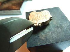 Tutoriel fabrication d'une charnière - Formation et cours pâte d argent, de bronze, de cuivre. Le blog de Sabine Alienor