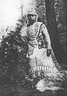 Takelma, Southern Oregon Native American woman
