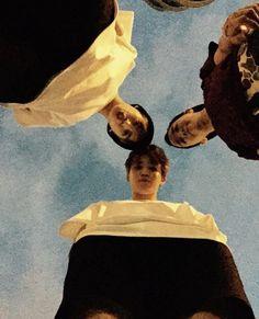 pic Jimin Jungkook and J-hope. Jungkook puts his head together with Jimin because he wants Jimin to pay attention to him instead of J-hope.strong Jikook shipper here sorry. Namjoon, Jungkook Selca, Bts Taehyung, Bts Bangtan Boy, Yoongi Bts, Jung Kook, Foto Bts, Yoonmin, Jikook