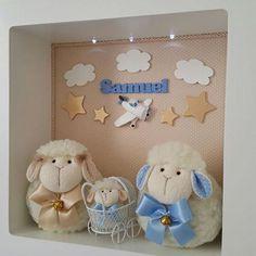 Enfeite porta maternidade de ovelhinha, com nuvens e estrelas para compor a decoração do quarto do pequeno Samuel que esta prestes a chegar!! Encomendinha da mamãe Carol @carol_makeupbh #atelielepetitsp #portamaternidade #enfeitedematernidade #ovelhinha #carneirinho #ovelhas #decoracaoquartodebebe #quartodemenino #artesanal #atelie #artesanato #bebe #bebedeluxo #quartobebe #instragam #decoração #familiadeovelhas #capricho #quadroled #quadrocomled
