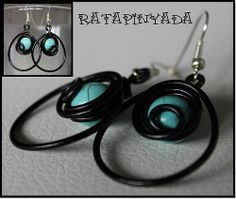 Black Wire and Turquoise Earrings / Pendientes Color Turquesa y Alambre Negro