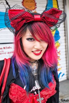 Merry and bright with a big bow: http://tokyofashion.com/lisa-pink-blue-hair-bustier-demonia-boots-harajuku/  #lulusholiday