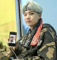 Yoongi x Holly Min Yoongi Bts, Min Suga, Jimin, This Man, Bts Memes, Bts Dogs, Min Holly, Kdrama, Bts Chibi