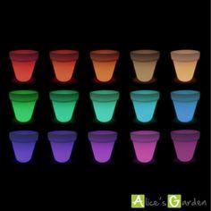 http://www.alicesgarden.fr/equipement-exterieur/luminaire/vase-led