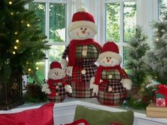A family of snowmen by Valerie Parr Hill on QVC.