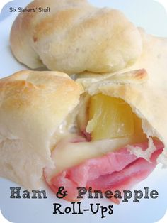 Ham and Pineapple Roll-Ups. This is an easy and yummy in a rush snack/dinner. Think Food, I Love Food, Good Food, Yummy Food, Yummy Snacks, Roll Ups Recipes, Easy Recipes, Pork Recipes, Recipies