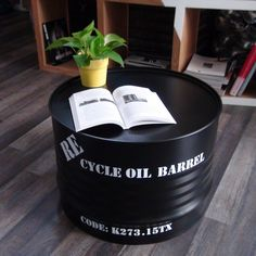 Giving new life to old oil barrels require creativity, and there are ways to recycle oil drum into beautiful furniture. The concept of oil drum furniture is a refreshing take on how modern interiors can be livened-up with such creative ideas. Oil Barrel, Metal Barrel, Barrel Coffee Table, Cool Coffee Tables, Upcycled Furniture, Cool Furniture, Furniture Ideas, Furniture Outlet, Discount Furniture