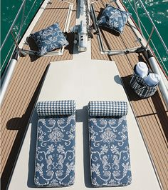 Swept Away Outdoor Fabric and Bridgeport Outdoor Fabric in Navy from the Courtyard Collection by Thibaut    #summer #outdoorfabric #yacht #boat #regalia #crab #houndstooth #pillow #beachbag