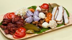 Eating like a :) The Turk, Romanian Food, Snack Recipes, Snacks, Bon Appetit, Food And Drink, Dairy, Lunch, Cheese