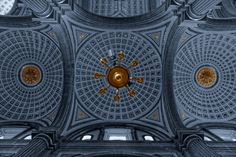 Cathedral Ceiling by Rene Alejandro Basurto Quijada on 500px