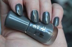 Zimtschnute | Beauty & Kosmetik Blog: [NOTD] essence - 53 rock my world!