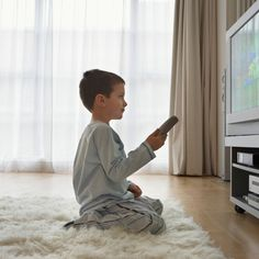 TV doesn't work. Did you know the average American watches 5 hours of TV, 7 days a week? That's nearly as much as a full-time job. Encourage your kids to use some of those hours to do something positive. Screen Time For Kids, Common Sense Media, Time Warner, How To Protect Yourself, Reality Tv, First Step, Parenting Hacks, Bean Bag Chair, Children