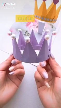 Paper Flowers Craft, Paper Crafts Origami, Paper Crafts For Kids, Diy Paper, Diy Crafts Hacks, Diy Crafts For Gifts, Creative Crafts, Diy Projects, Diy Arts And Crafts