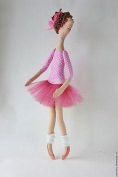 Купить Балетный класс (розовая) - розовый, горошек, балерина, балет, кукла текстильная, пуанты, балетки
